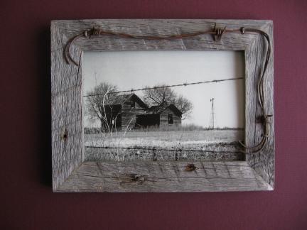 4x6 barbed frame - Barnwood Frames